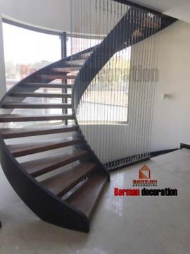 پله گرد پله مارپیچ چوبی